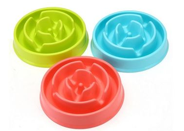Cina Maze Design Slow Eating Plastic Pet Bowl Food Grade PP 20.6 * 16 * 5cm OEM Diterima Distributor