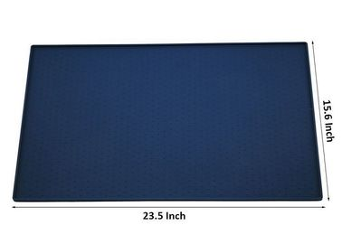 Cina 23.5 '' Durable Folding Plastic Pet Mat Tiga Warna Non Slip Silicone 380g Distributor